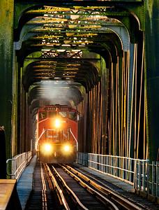 _DSC5665Mission Bridge with train