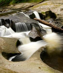 Kanaka Creeks Falls