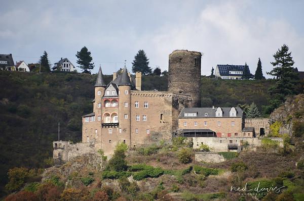Katz Castle near St. Goarshausen - 1371