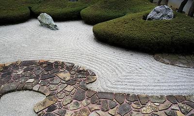 Sand garden at Komyoji, Kamakura.