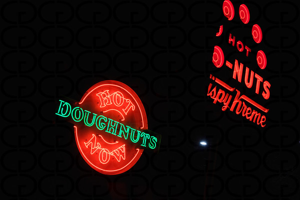 Hot Doughnuts/Do-Nuts