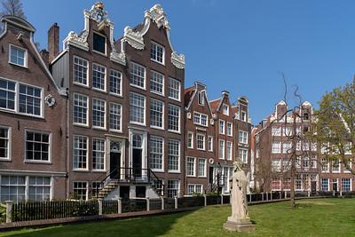 Begijnhof (about 1400)