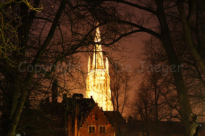 The Church of Our Lady (Onze-Lieve-Vrouwekerk), captured from the Wijngaardplein at dusk.