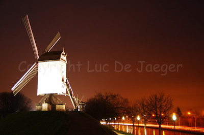"One of the four mills (molens) along the Kruisvest in Bruges (Brugge), Belgium. This is the 1st mill, counting from the Kruispoort, named ""Bonne-Chièremolen"" (built in 1844). Shot at sunset."