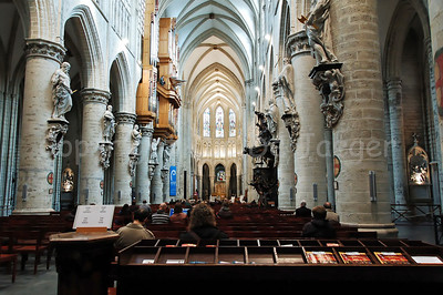 The interior of the Cathedral of Saint Michael and Saint Gudula (Kathedraal van Sint Michiel en Sint Goedele) in Brussels (Brussel), Belgium.