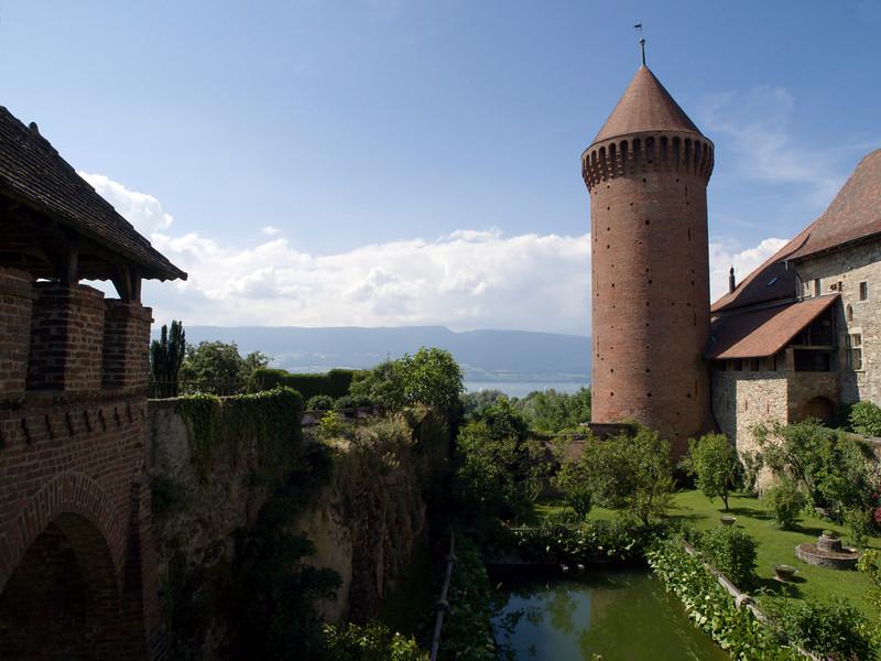 Chenaux Castle, Estavayer-le-Lac<br /> Olympus E-420, 12-60mm f2.8-4.0