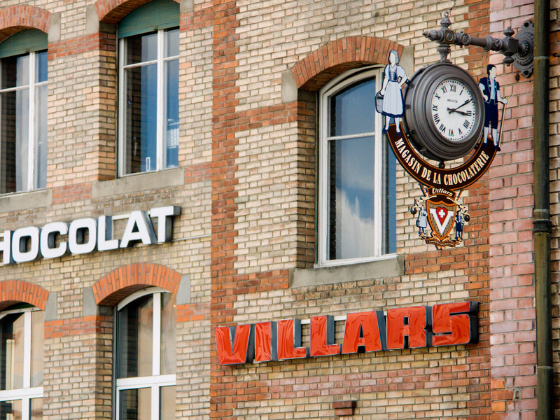 Chocolat Villars factory outlet - one of the best Swiss chocolates<br /> Konica Minolta Dimage A2