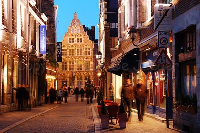 Christmas shopping in the Jan Breydelstraat (Jan Breydel Street) in Ghent (Gent), Belgium. Shot around Xmas 2006.