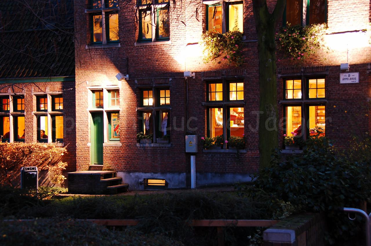 Appelbrugparkje, a side-street of the Jan Breydelstraat (Jan Breydel Street) in Ghent (Gent), Belgium.