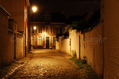 Night image of the Our Lady Ter Hoyen beguinage, one of the three beguinages in Ghent. This beguinage is situated in the centre of the city and is an area of tranquile rest and peace near busy streets.