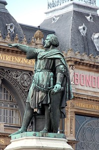 Close-up of the statue of Jacob Van Artevelde at the Friday Market (Vrijdagmarkt) in the centre of the city of Ghent/Gent, Belgium.