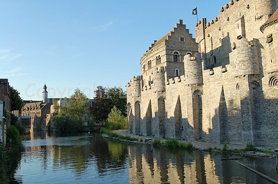Gravensteen Castle right in the centre of the city of Ghent/Gent. Also take a look at our other gallery, dedicated to the Gravensteen.