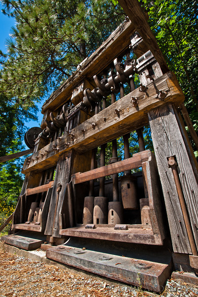 Medium-size hammer mill, used to pulverize gold-bearing ore.<br /> Empire Mine, Grass Valley, Ca.