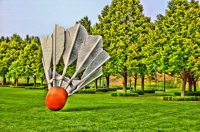 Kansas City Sculpture Park - Giants Playing Badminton
