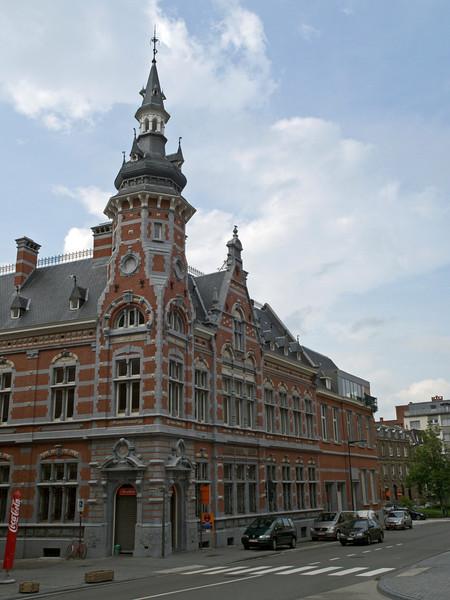 Ferdinand Smoldersplein, Leuven<br /> Olympus E-420 2.8-4.0