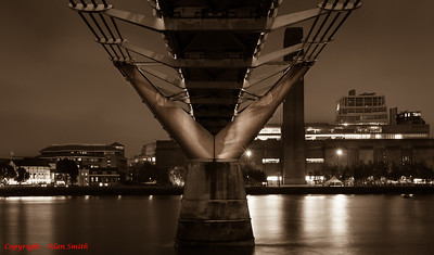 Millennium Bridge - London - Alternative View