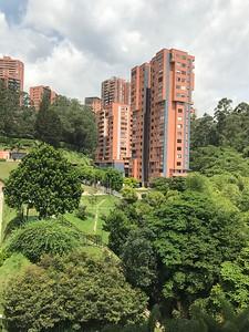 La Campiña Condominiums