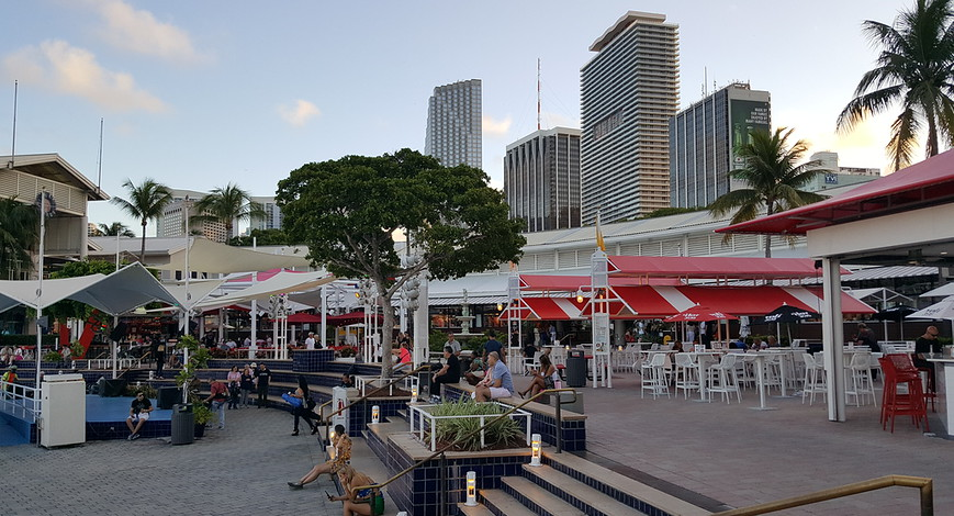 Before & After: Miami's Bayside Marketplace