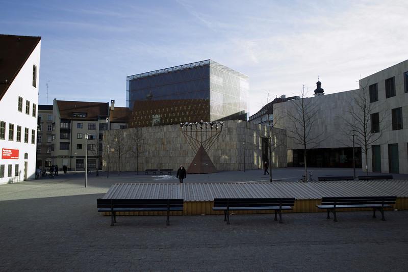 Sankt Jakobs Platz Muenchen 1