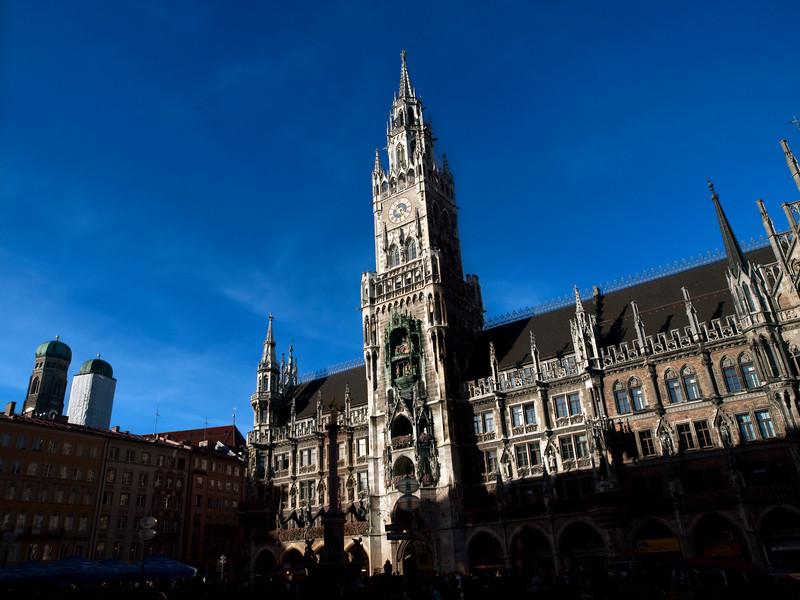 """New"" City Hall, Marienplatz, Munich<br /> <br /> Olympus E-600 & Zuiko 12-60/2.8-4.0"