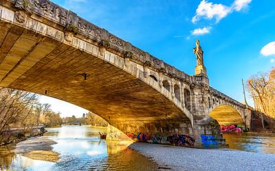 Maximiliansbrücke, München