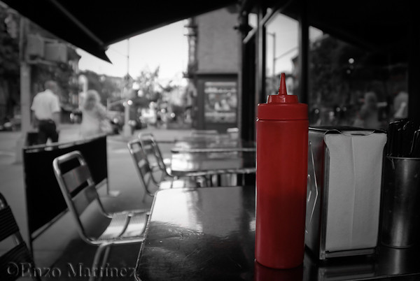 bw-ny-nyc-street-ketchup-catsup-bottle