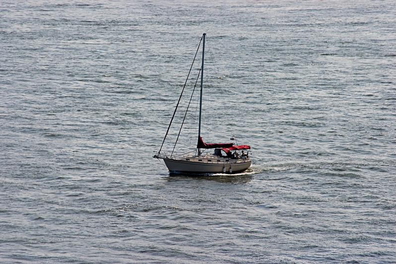 <center>East River Sailing  <br><br>New York, NY</center>