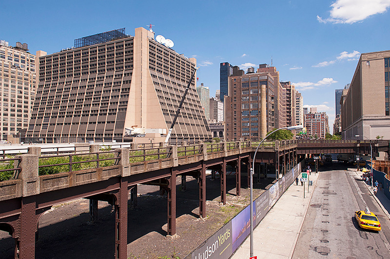 The High Line north end view at 30th Street