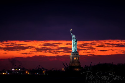 StatueOfLiberty_sunset-003