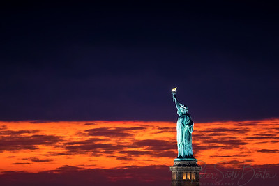 StatueOfLiberty_sunset-004