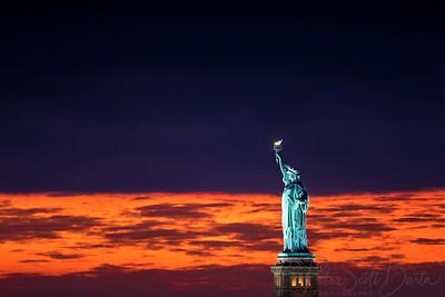 StatueOfLiberty_sunset-004