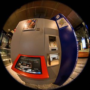 Billetautomat der SBB im Bahnhof Bern