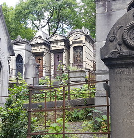 City of the Dead: Père Lachaise Cemetery
