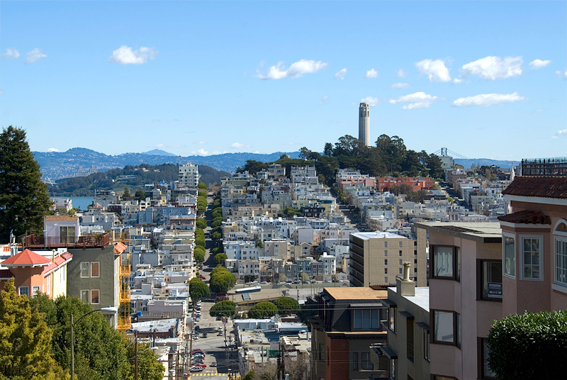 San Francisco - view from Lombard Street at Hyde Street toward Coit Tower (background on Telegraph Hill)