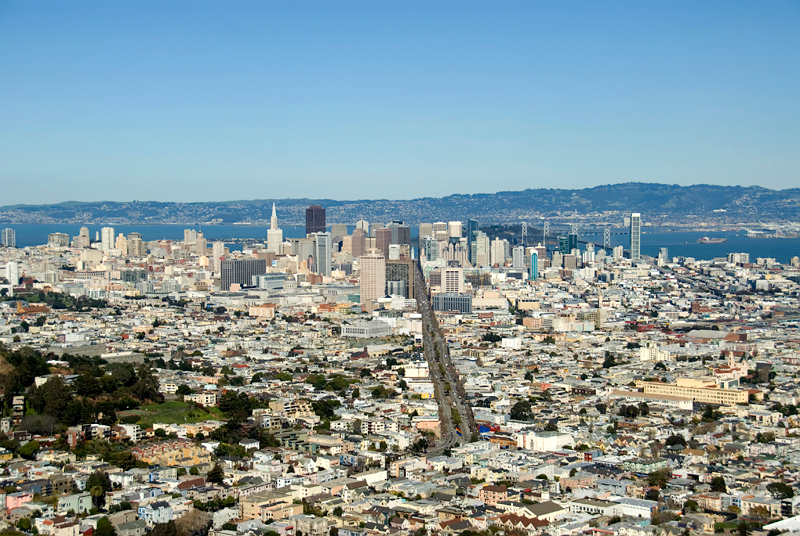 San Francisco - city skyline viewed from Twin Peaks