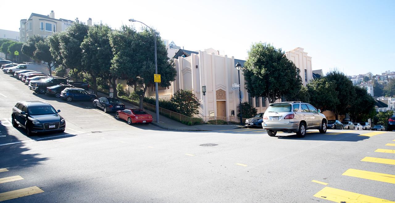 The incredible slopped roads around Vedanta Society, San Francisco