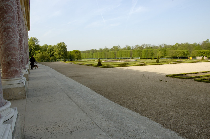 Chateau Versailles Gardens May 06 40