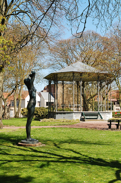 The kiosk and a statue by George Grard in the municipal park (stadspark) or Saint Walburga Park.