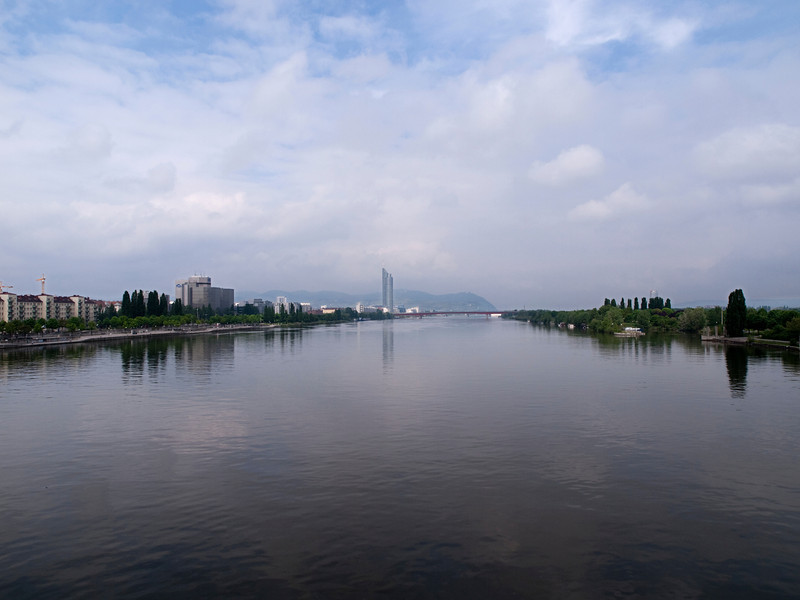 Danube, looking west, Vienna, Austria<br /> <br /> Olympus E-420 & Zuiko 12-60/2.8-4.0
