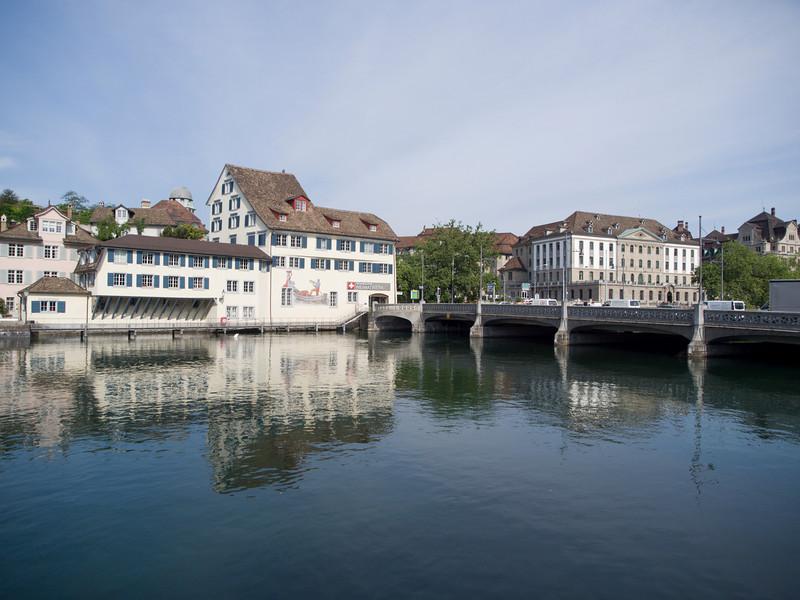 Rudolf Brun bridge, Heimatwerk, Zurich<br /> Olympus E-420 / 12-60mm 2.8-4.0