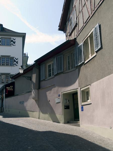 Neustadtgasse, Zurich<br /> Olympus E-420 / 12-60mm 2.8-4.0