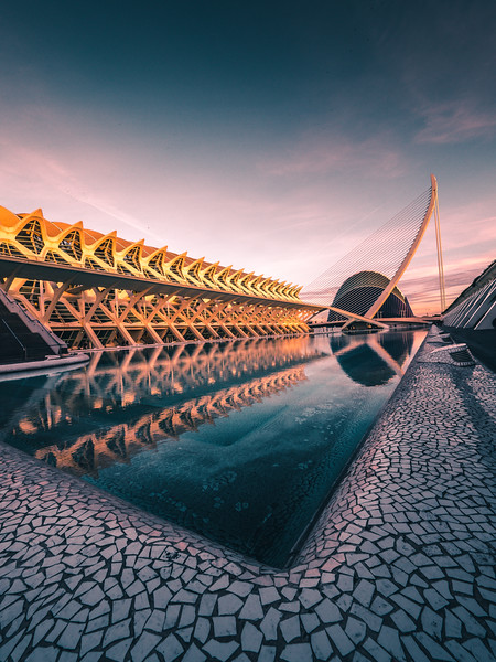 So many angles to shoot at the amazing City of Arts and Sciences in Valencia! This architectural marvel was designed by Santiago Calatrava and Félix Candela and completed in 2005.