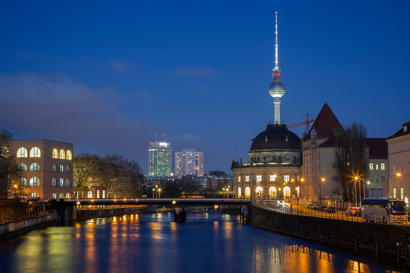Spree River and Berlin's skyline in the evening