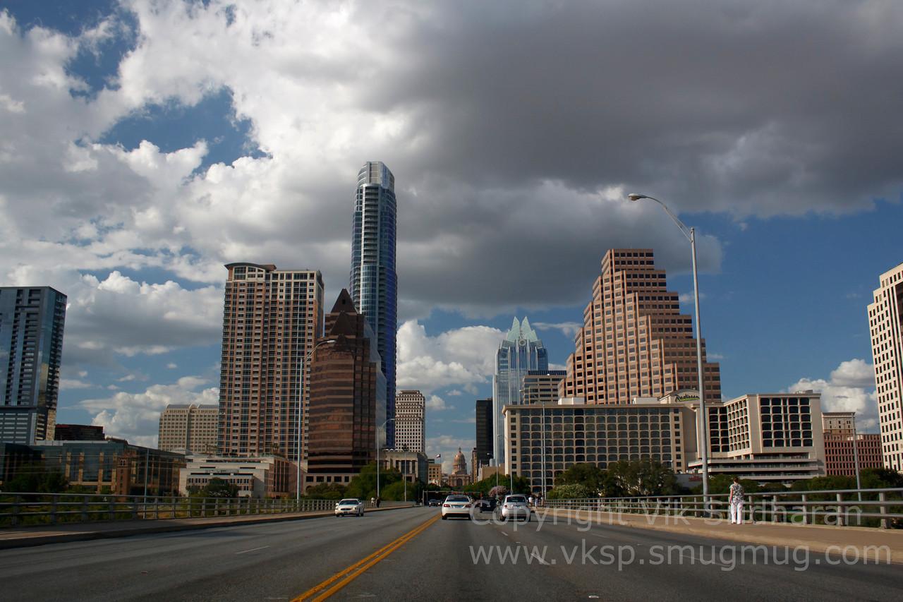 http://www.vksphoto.com/CitiesBuildingsetc/Austin-Texas-July-2011/i-fNzbkcq/0/X2/IMG_6044CS5%208-13-11-X2.jpg