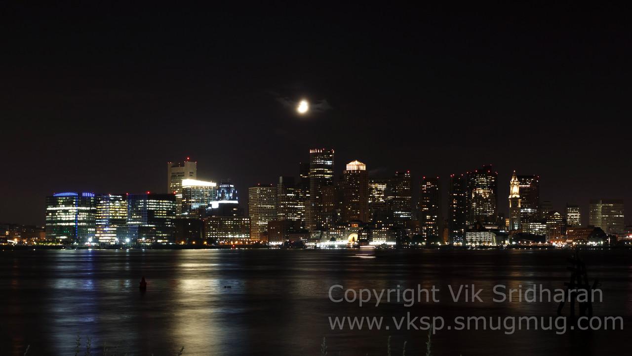http://www.vksphoto.com/CitiesBuildingsetc/Boston-at-Night/i-cTxNV5z/1/X2/IMG_1802-X2.jpg