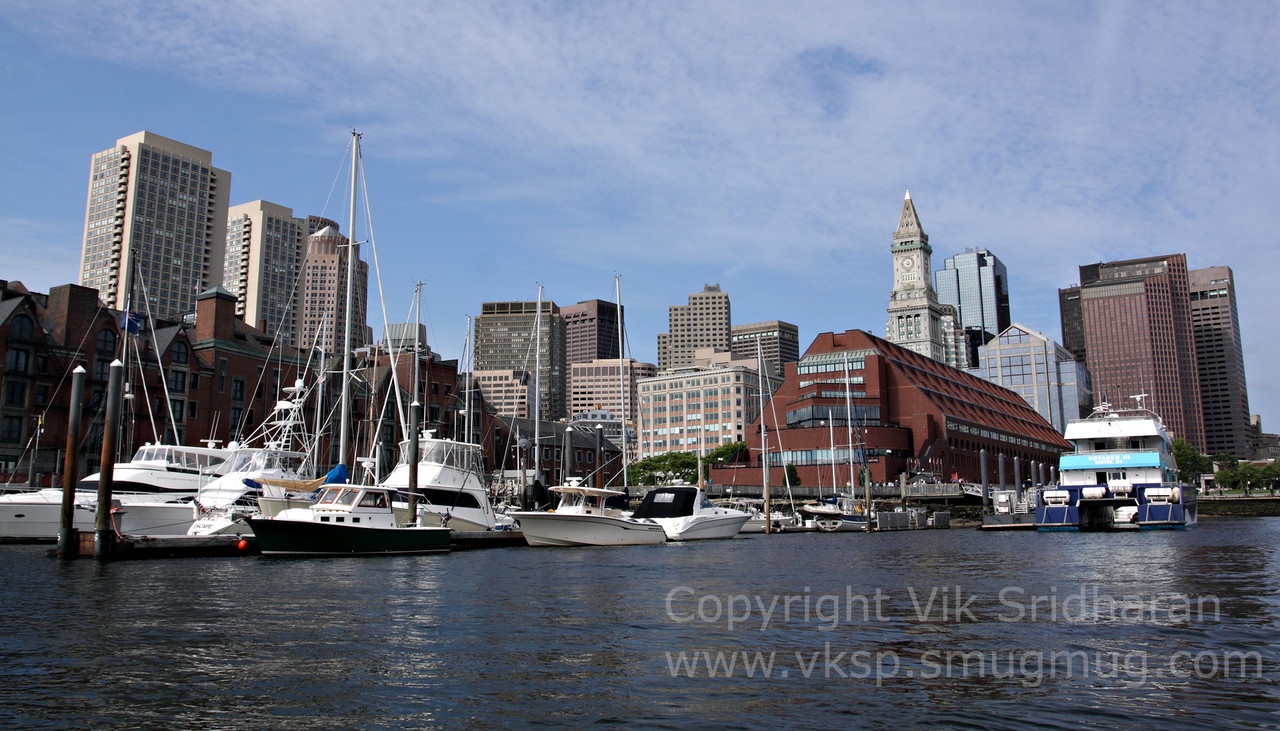 http://www.vksphoto.com/CitiesBuildingsetc/Boston-at-Night/i-thrBPBp/0/X2/IMG_1653-X2.jpg