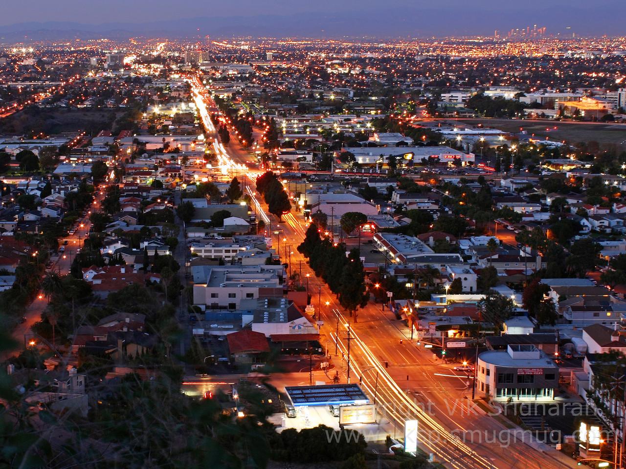 http://www.vksphoto.com/CitiesBuildingsetc/Los-Angeles-at-Dusk/i-LtRgWBn/2/X2/IMG_9325%20bright-X2.jpg