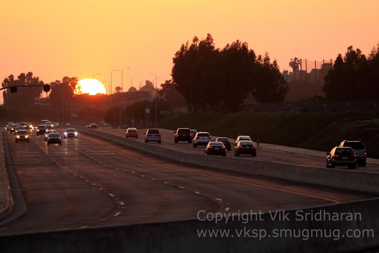 http://www.vksphoto.com/CitiesBuildingsetc/Los-Angeles-at-Dusk/i-ckvsSrS/0/X2/IMG_7500-X2.jpg