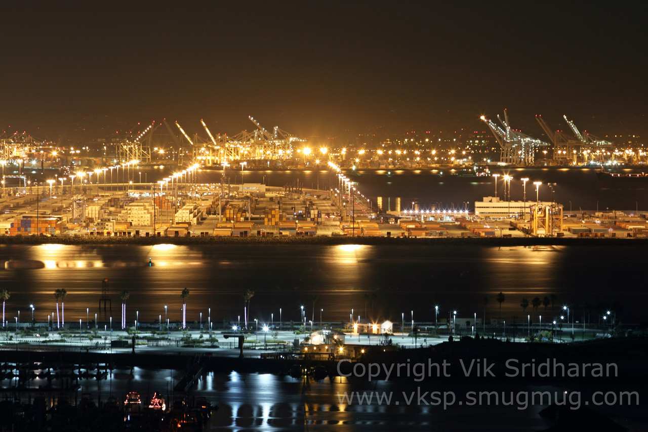 http://www.vksphoto.com/CitiesBuildingsetc/San-Pedro-at-Night/i-SwhhRMn/0/X2/IMG_0916-X2.jpg