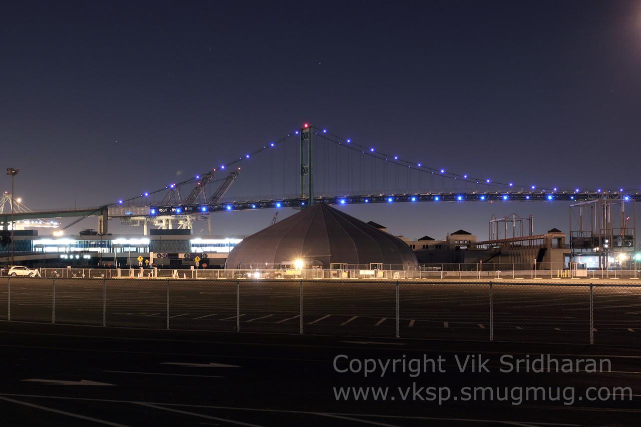 http://www.vksphoto.com/CitiesBuildingsetc/San-Pedro-at-Night/i-h2hTxpZ/0/X2/IMG_9391-X2.jpg